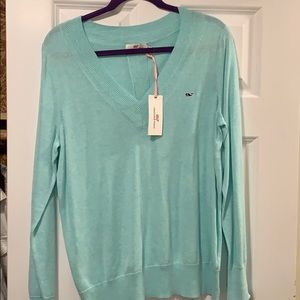 Brand New (with tags) vineyard vines sweater